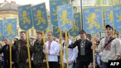 Архівне фото. Учасники маршу, в рамках святкування 71-ї річниці з дня створення дивізії СС «Галичина», у Львові, 27 квітня 2014 року