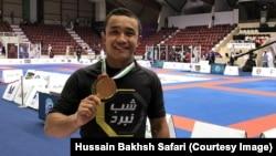 حسینبخش صفری، ورزشکار مبارزات آزاد افغانستان