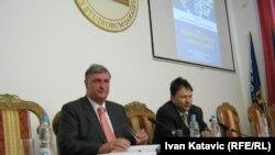 Goran Milić, novinar tokom predavanja u Sarajevu, 18. april 2011.