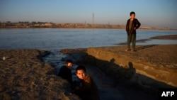 سرحد میان افغانستان و ازبکستان در ۷۵ کیلومتری مزارشریف