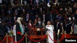 Uhuru Kenyatta gjatë ceremonisë së betimit.