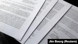 Лист міністра юстиції на чотири сторінки про звіт Мюллера не є об'єктивним підсумком розслідування, заявляють представники демократів у Конгресі США