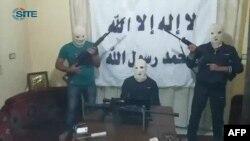 Fotografi e marrë nga video e grupit militant sunit që e ka marrë përsipër sulmin në Beirut, 15 gusht 2013