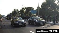 На улице Ташкента в день прощания с умершим президентом страны Исламом Каримовым. 2 сентября 2016 года.