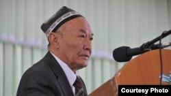 Народный поэт и Герой Узбекистана Абдулла Арипов.