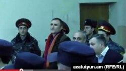 Вардан Петросян во время одного из заседаний суда, 29 января 2015 г.
