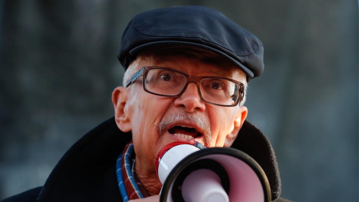 В России умер писатель и политик Эдуард Лимонов