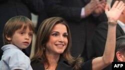 ملکه رانیه د ماشومانو د تعلیم او حقونو لپاره هڅې کوي