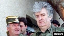 Ratko Mlladiq dhe Radovan Karaxhiq, 1995.