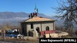 Komšijskim snagama obnovljena džamija, Međuriječje