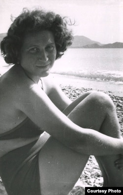 Сьвятлана Алілуева ў 1954 годзе. Фота Аляксея Каплера з архіву Хрэс Эванс