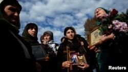 Православные активисты считают, что грузинский омбудсмен защищает интересы всех групп и слоев населения, кроме верующих