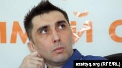 Азаматтық белсенді Вадим Курамшин. Алматы, 31 тамыз, 2012 жыл.