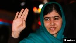 Нобель мукофотининг энг ёш лауреати Малала Юсуфзай.