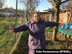 Тамара Мельник показывает, почему дрова теперь не подвезти