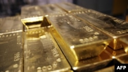 The group smuggled nearly 1.4 tons of gold bars.