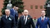 Назарбаев, Путин, Медведев и Сталин