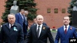 Назрабаев, Путин, Медведев и Сталин