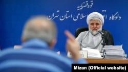 جلسات رسیدگی به پرونده شرکای بابک زنجانی، پس از نقض حکم قبلی در دیوان عالی کشور، در شبعه ۲۸ دادگاه انقلاب برگزار شده است.