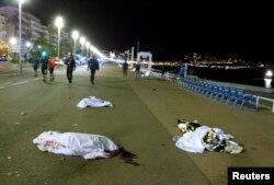Pe Promenada Englezilor după atacul terorist