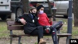 Жители столицы Болгарии, иллюстрационное фото