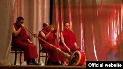 Ламы из Петербургского буддийского храма