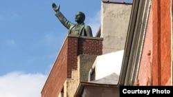 Памятник Ленину в Нью-Йорке