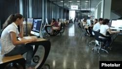Armenia - Information technology students at Yerevan's TUMO Center for Creative Technologies, 12Aug2011.