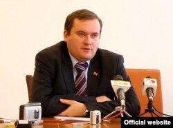 Володимир Ястребчак