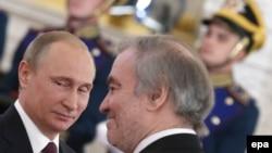 Президент России Владимир Путин с руководителем Мариинского театра Валерием Гергиевым (архивное фото)