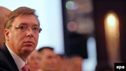 Serbian Prime Minister Aleksandar Vucic announced the detaining of suspects in a plot to sway the outcome of Montenegro's election.