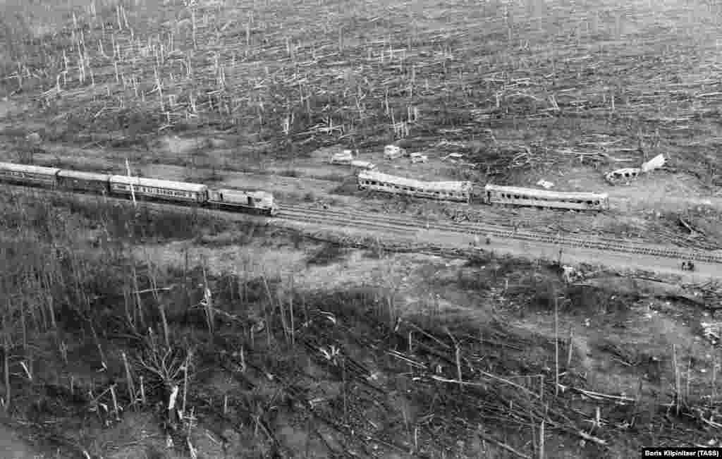 The blast destroyed 37 railway cars and two locomotives on two trains. The resulting fire covered 250 hectares.