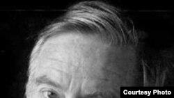 Жак Ланзман написал 50 романов и сценариев, но прославили его песни
