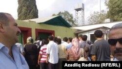 İran Astarasına keçmək istəyən azərbaycanlılar İran sərhədçilərinin kobudluğuna məruz qalıblar