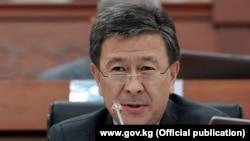 Аскарбек Шадиев, Қырғызстан парламентінің депутаты.