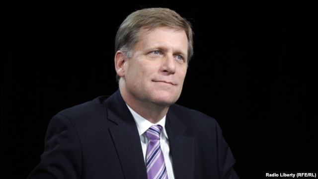 U.S. Ambassador to the Russian Federation Michael A. McFaul increasingly turned to social networks like Twitter, where he announced his departure on February 4  (file photo)