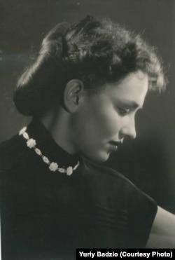 Світлана Кириченко (1935–2016), активна правозахисниця і учасниця тиражування та поширення самвидаву. Автор книжки «Люди не зі страху»
