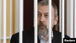 Колишні політв'язні розповіли про знущання над Санніковим і погрози розправи над його родиною