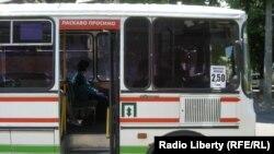 Вартість підвищили в усіх маршрутних таксі некомунальної форми власності, Черкаси