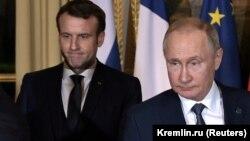 ولادیمیر پوتین ، رئیس جمهور روسیه ، امانوئل ماکرون