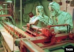 "В цеху объединения ""Химпром"" в Чебоксарах, где мог производиться ""Новичок"""