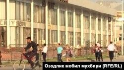 Янги реконструкциядан чиққан дўконлар Фарғонада яна бузиладиган бўлди.