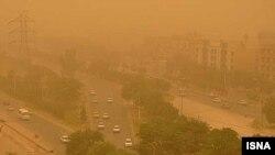 نمایی از پدیده ریزگردها در شهر اهواز