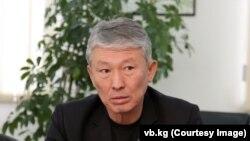 Турсунбек Күрөңкеев.