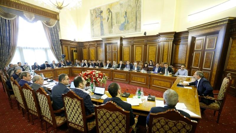 «Ներկա դրությամբ կան 56 ներդրումային ծրագրեր». վարչապետին զեկուցվել են հանձնարարականների կատարման ընթացքի մասին