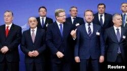 Bh. lideri sa Štefanom Fileom u Briselu uoči razgovora, 10. oktobar 2013.