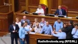 Голосування у Верховній Раді супроводжувалися бурхливими суперечками, 13 липня 2017 року