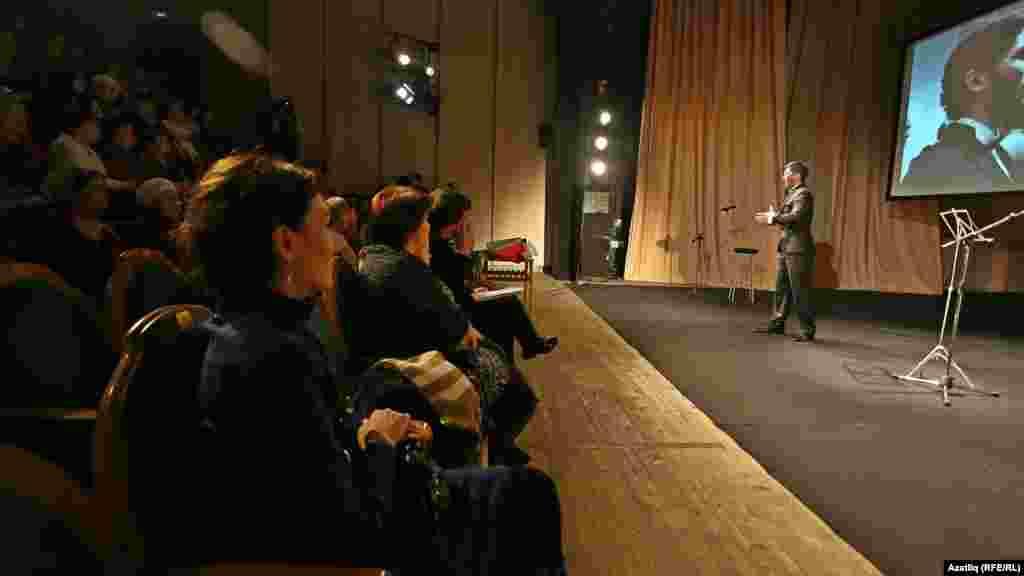 Камал театрының кече сәхнәсендә Айрат Имашев