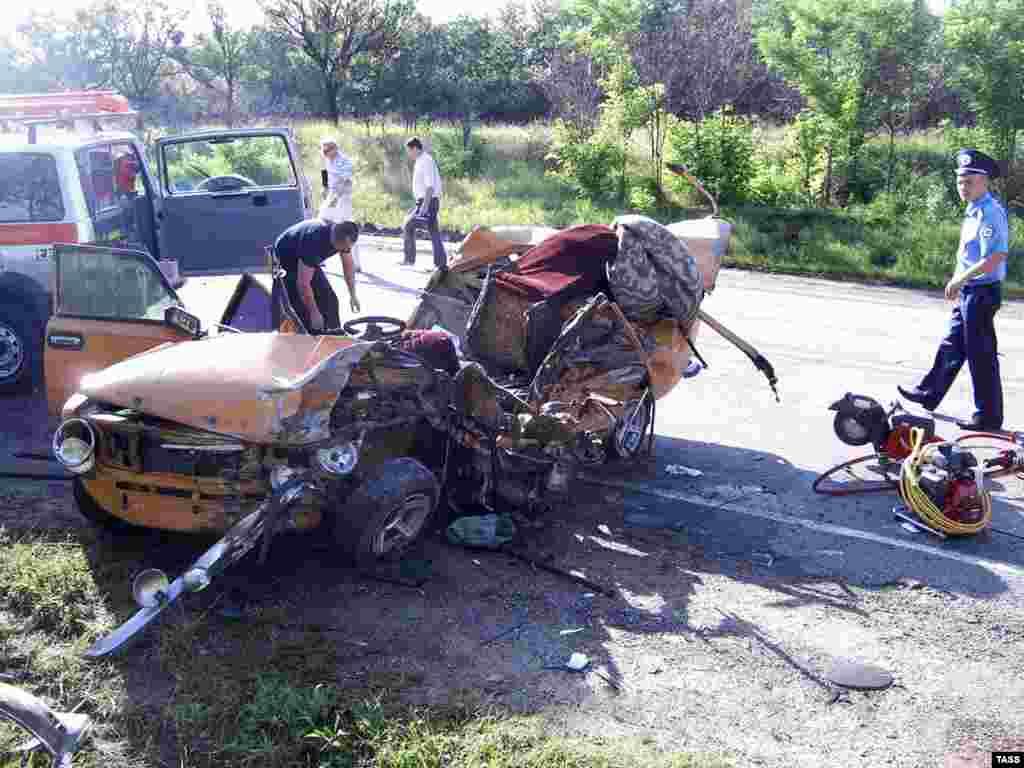 Симферопольском районе Крыма в результате ДТП два человека погибли, среди 20-ти пострадавших граждане России и Белоруссии