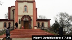 Храм Георгия Победоносца в Кизляре теперь охраняют наряды полиции